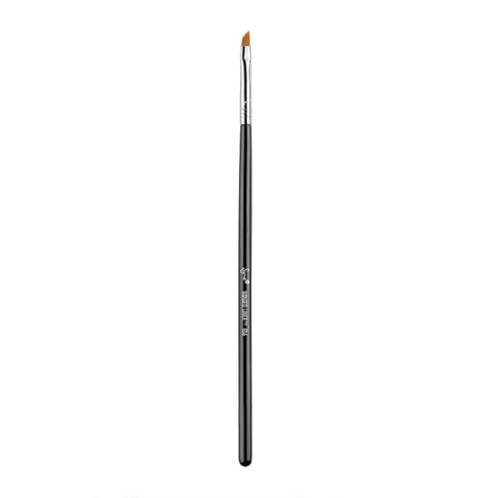 Sigma E06 - Winged Liner Brush