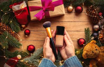 The 5 Items On A Beauty Addict's Christmas List