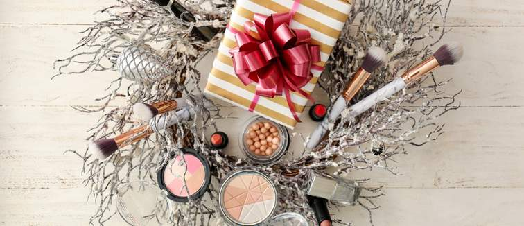Wreath with beauty products